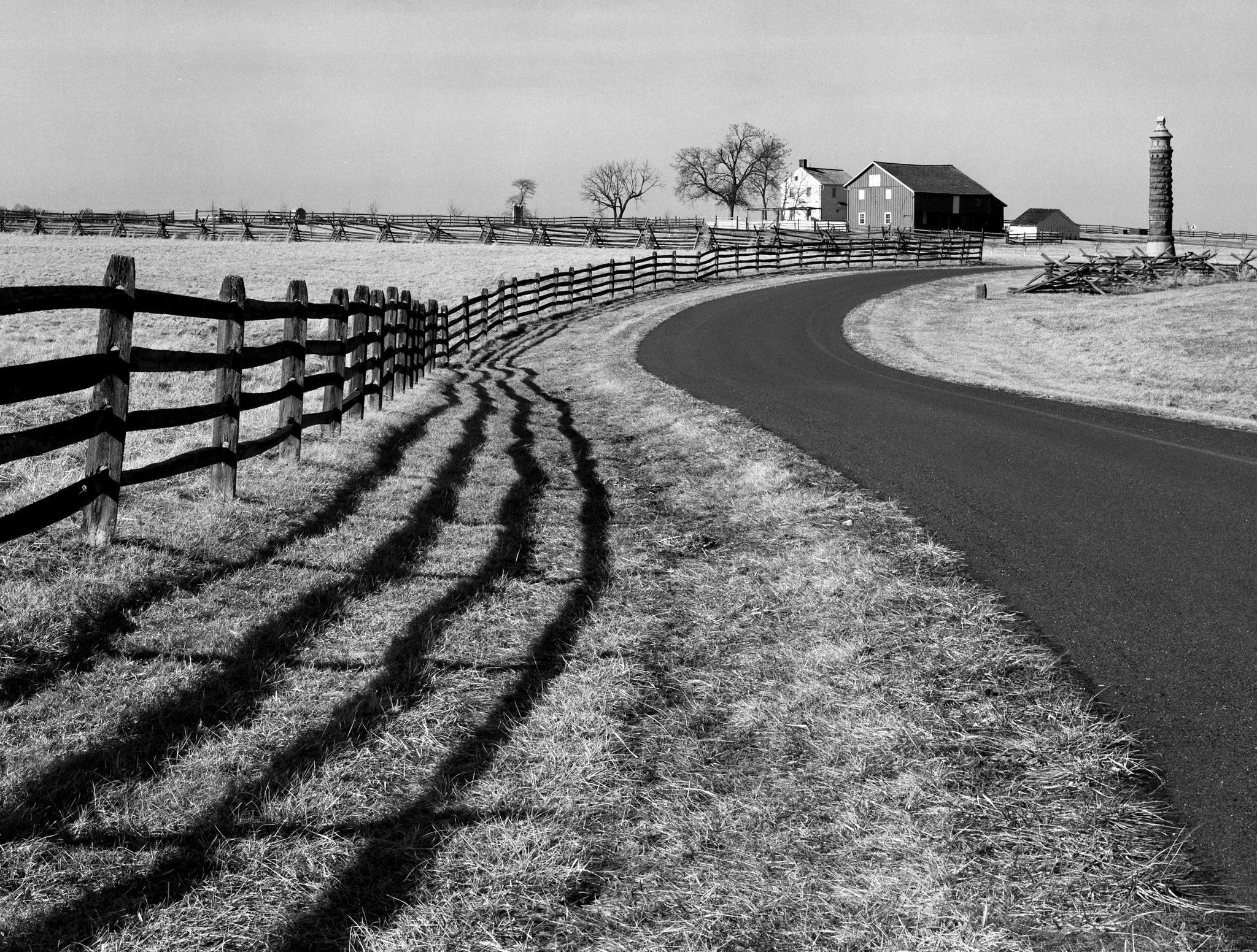 4x5_for_365_project_073_Gettysburg_curvy_road.jpg