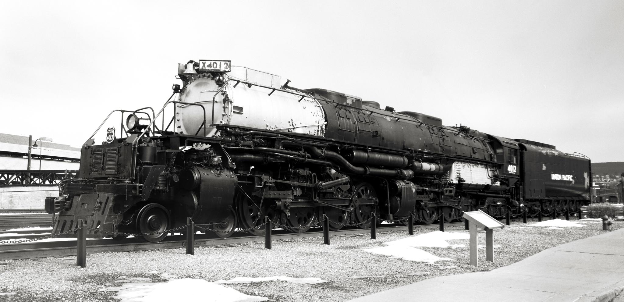 4x5_for_365_project_074_Steamtown_NHS_big_boy_loco.jpg