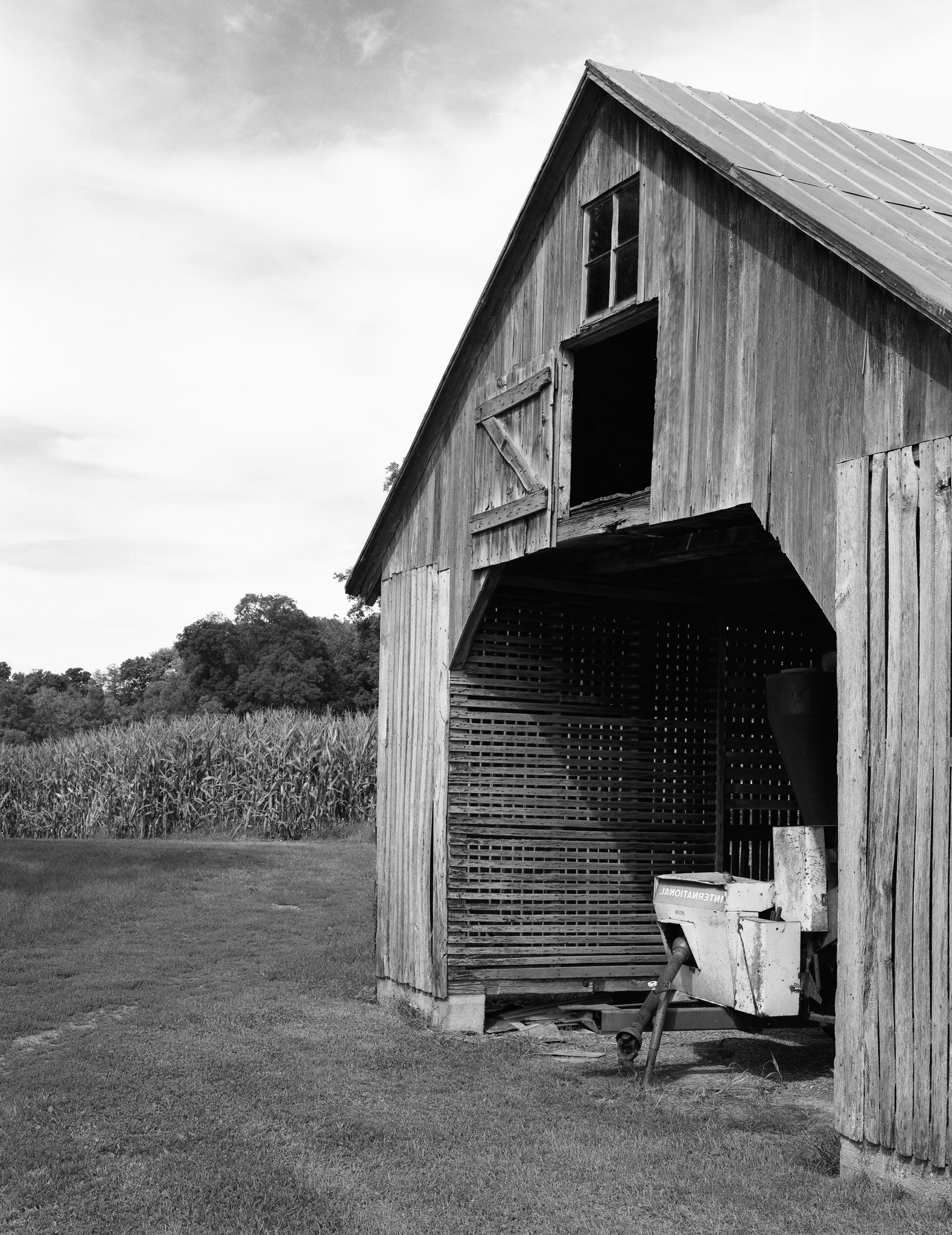 4x5_for_365_project_0277_Oley_corn_crib_barn.png