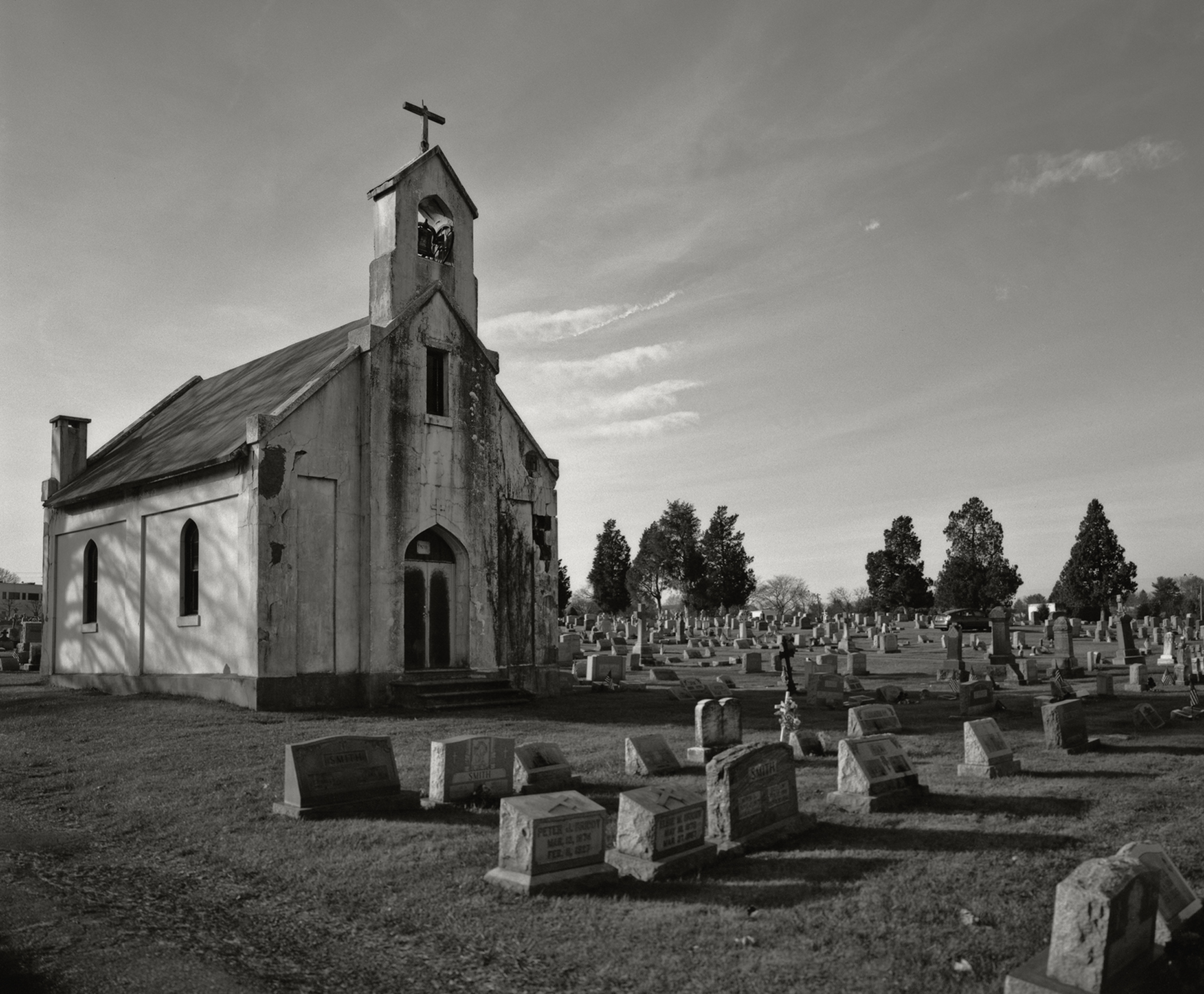 4x5_for_365_project_0330_Holy_Sepulchre_Cemetery_Chapel.jpg