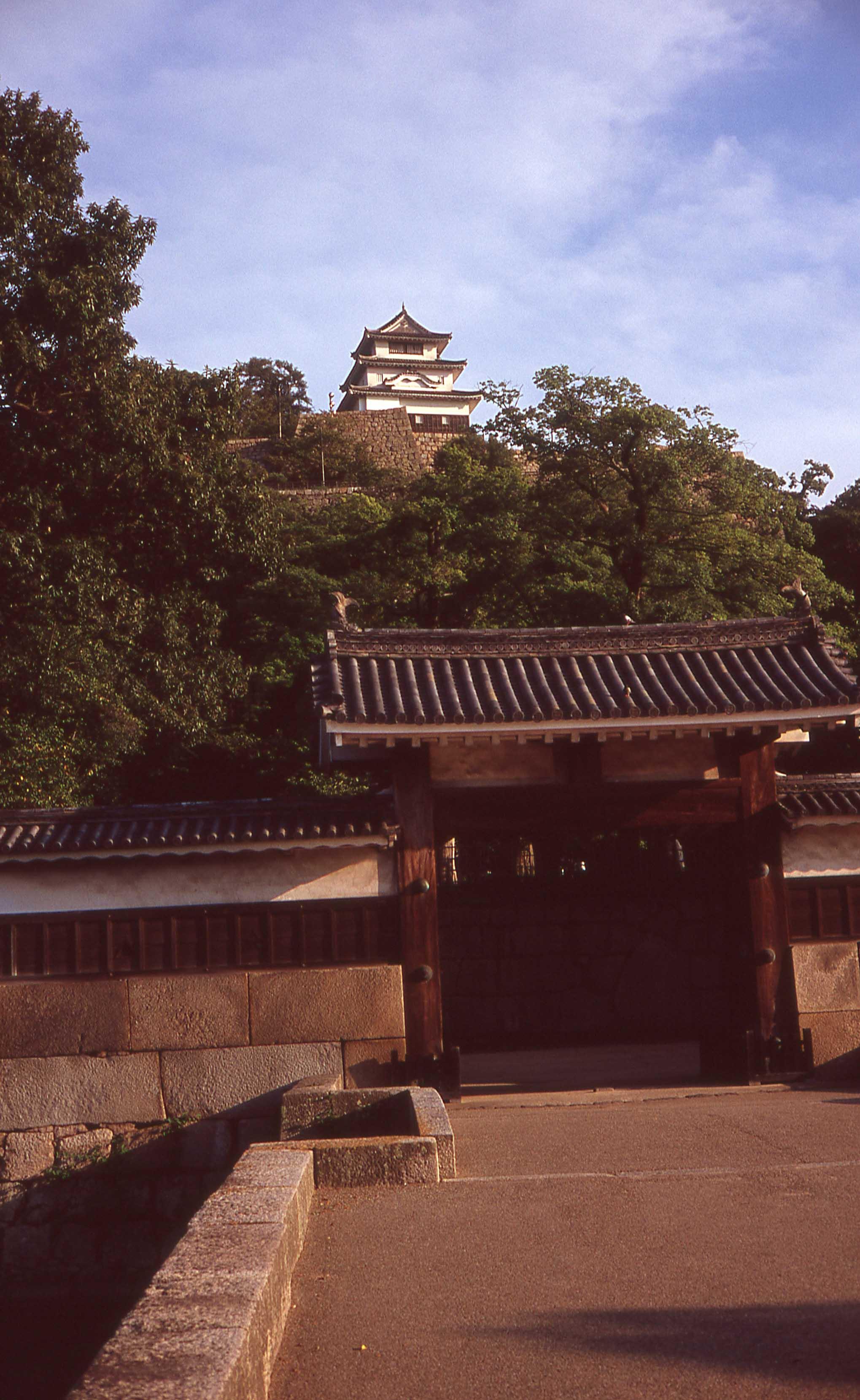 「丸亀城」