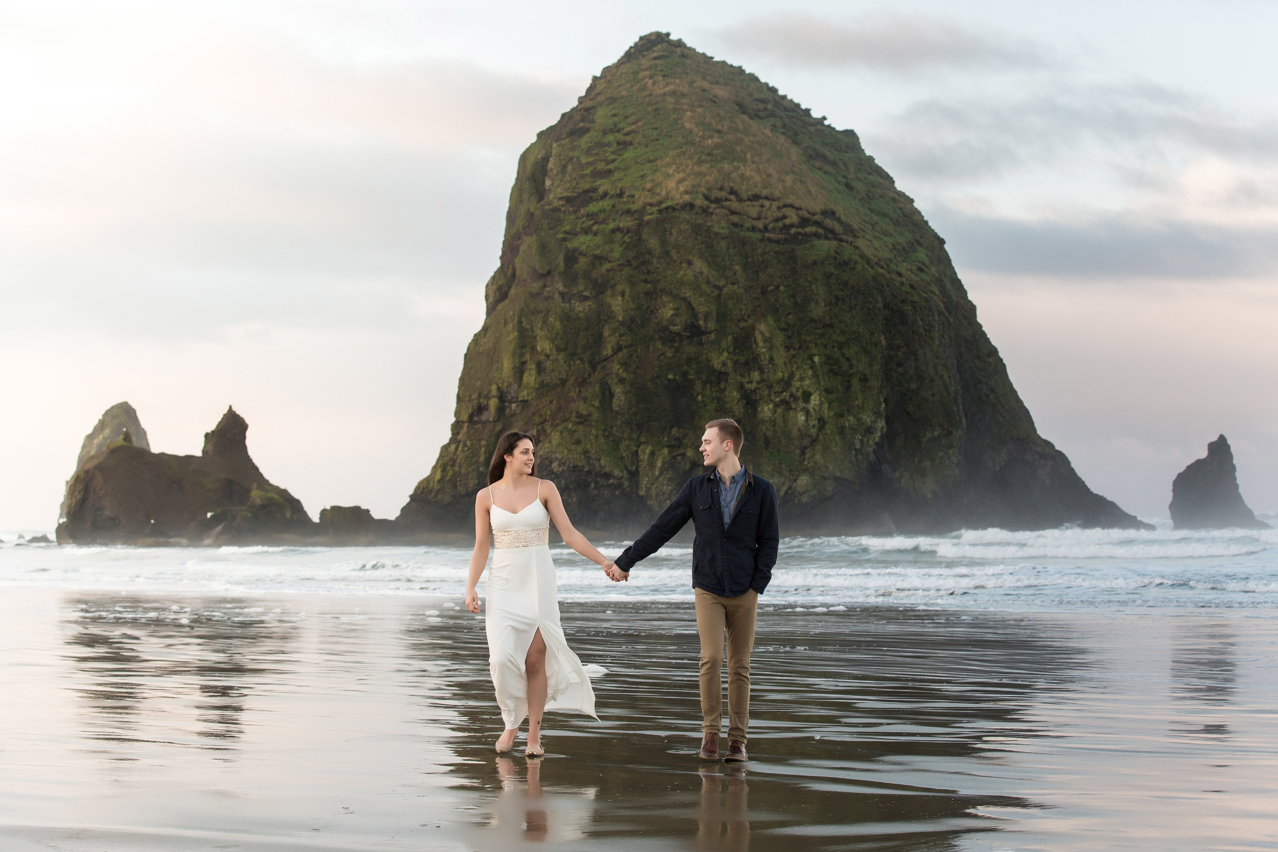 CannonBeachEngagements (17 of 94).jpg