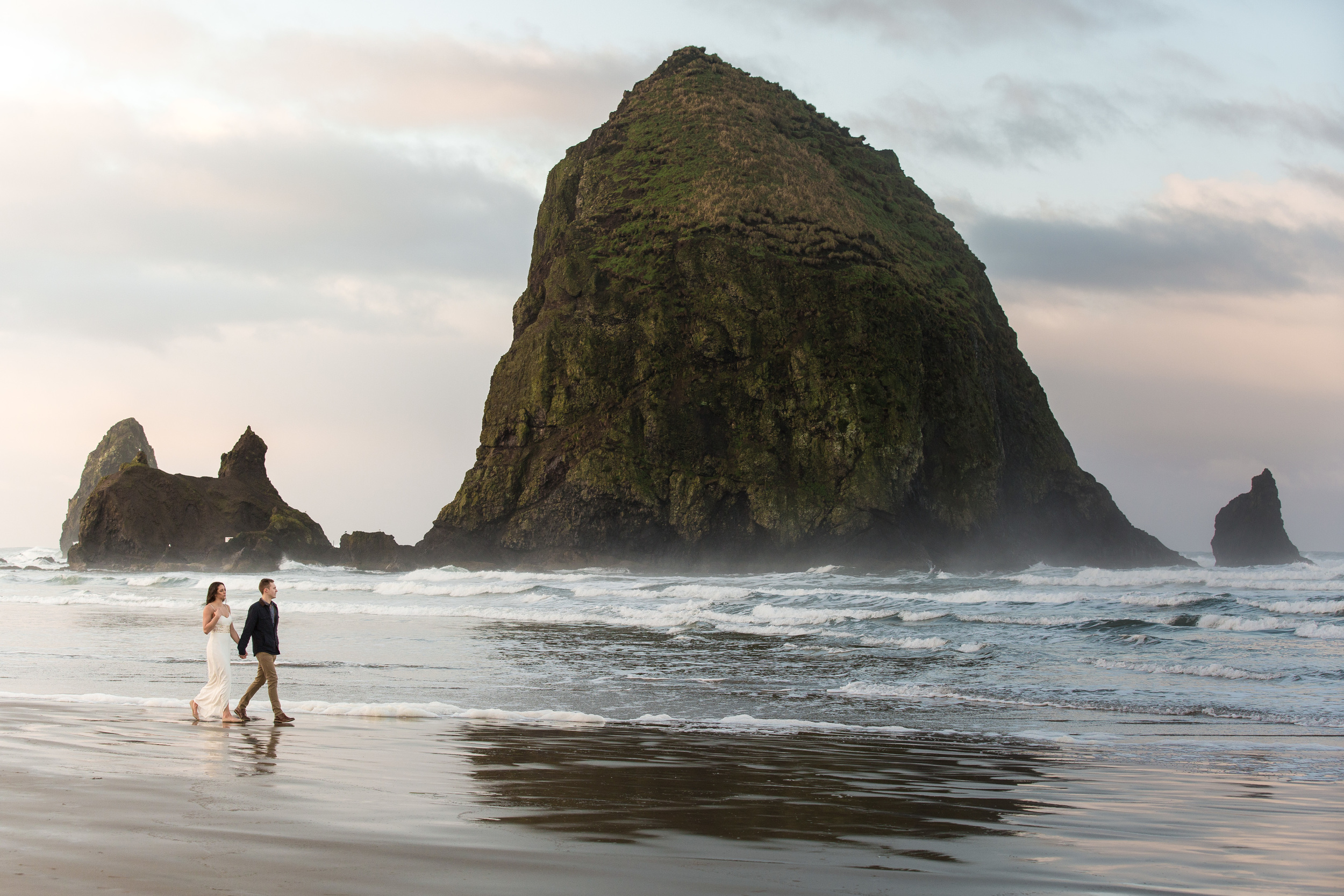 CannonBeachEngagements (18 of 94).jpg
