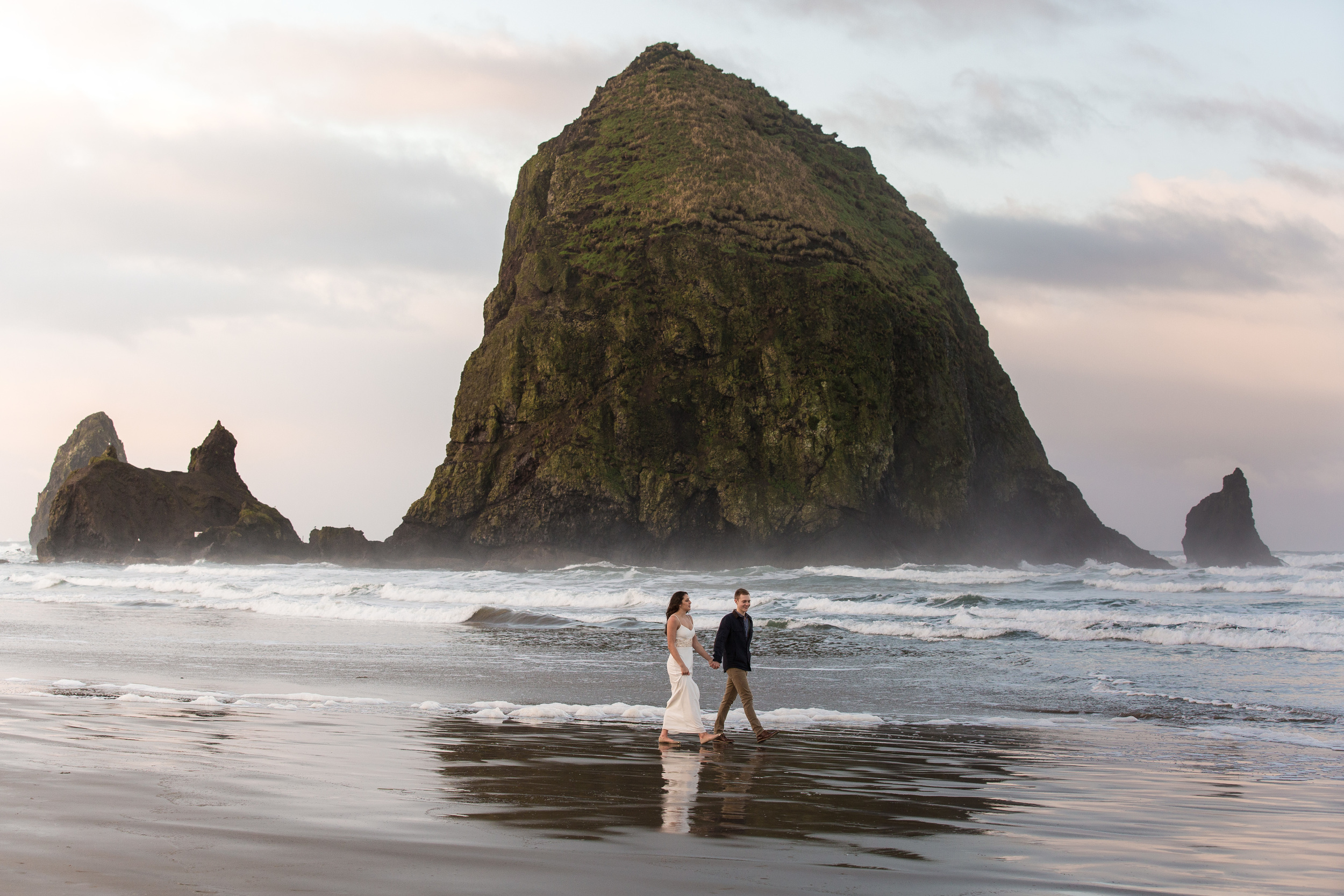 CannonBeachEngagements (19 of 94).jpg