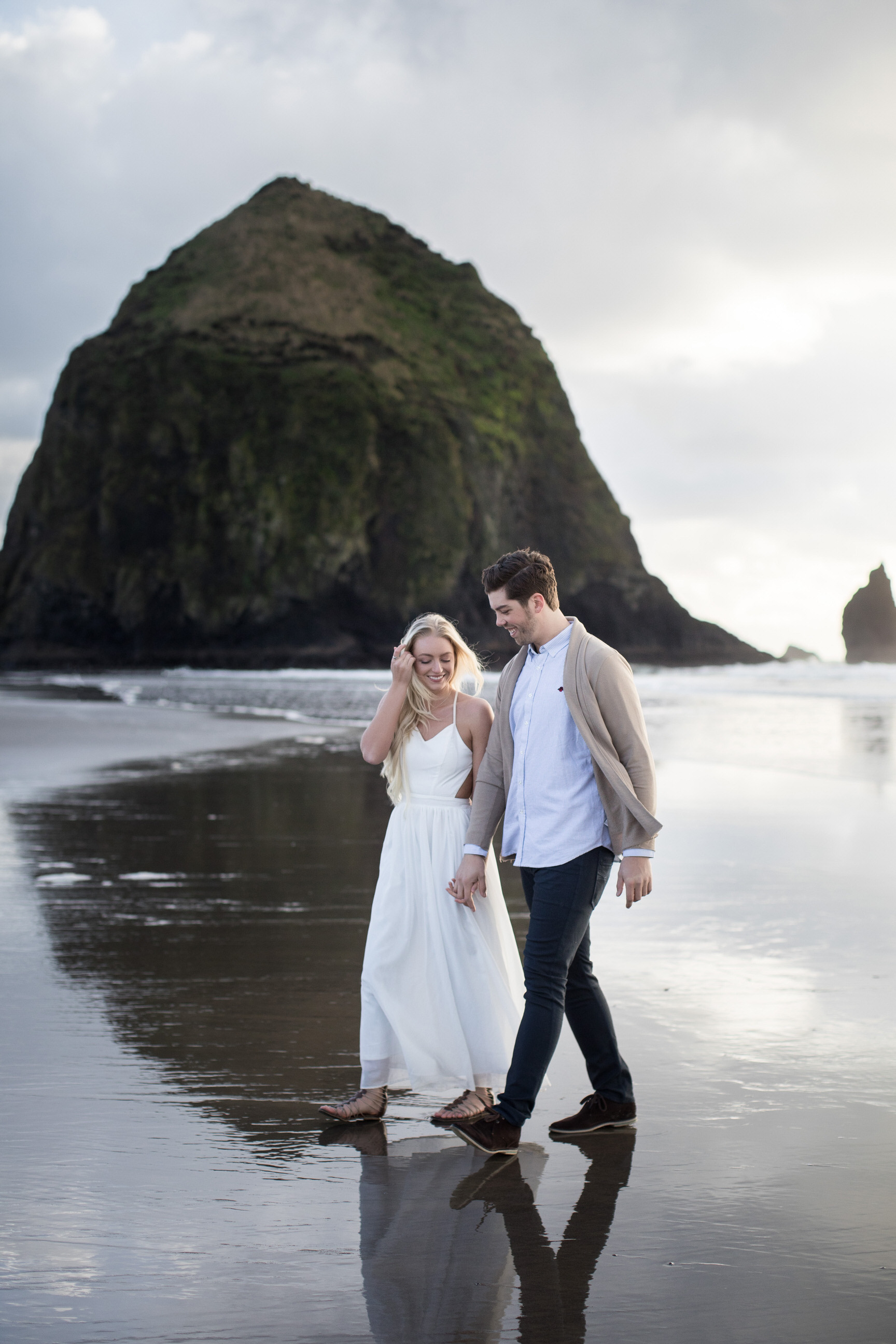 CANNONBEACHENGAGEMENTS (15 of 58).jpg