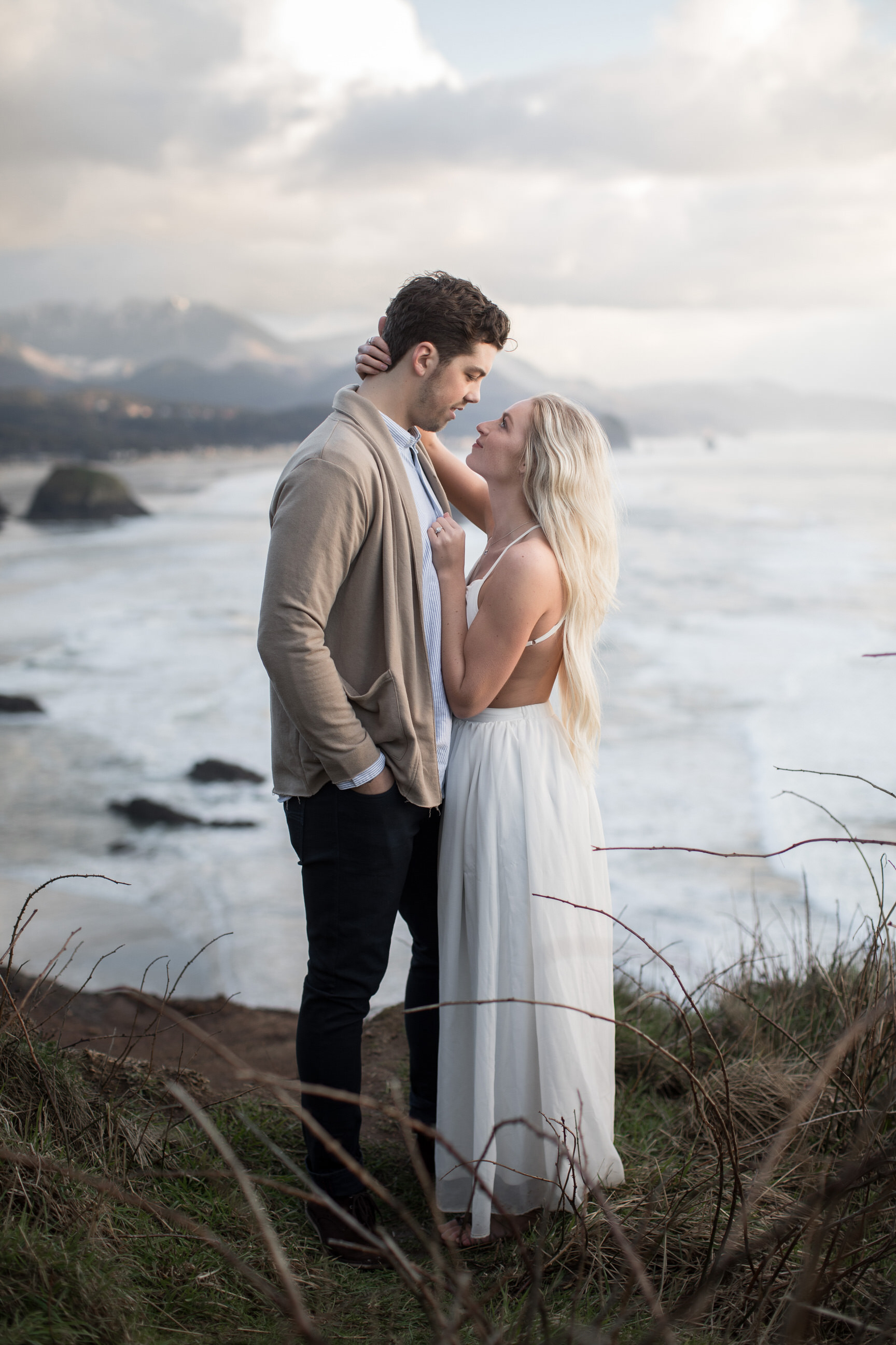 CANNONBEACHENGAGEMENTS (42 of 58).jpg