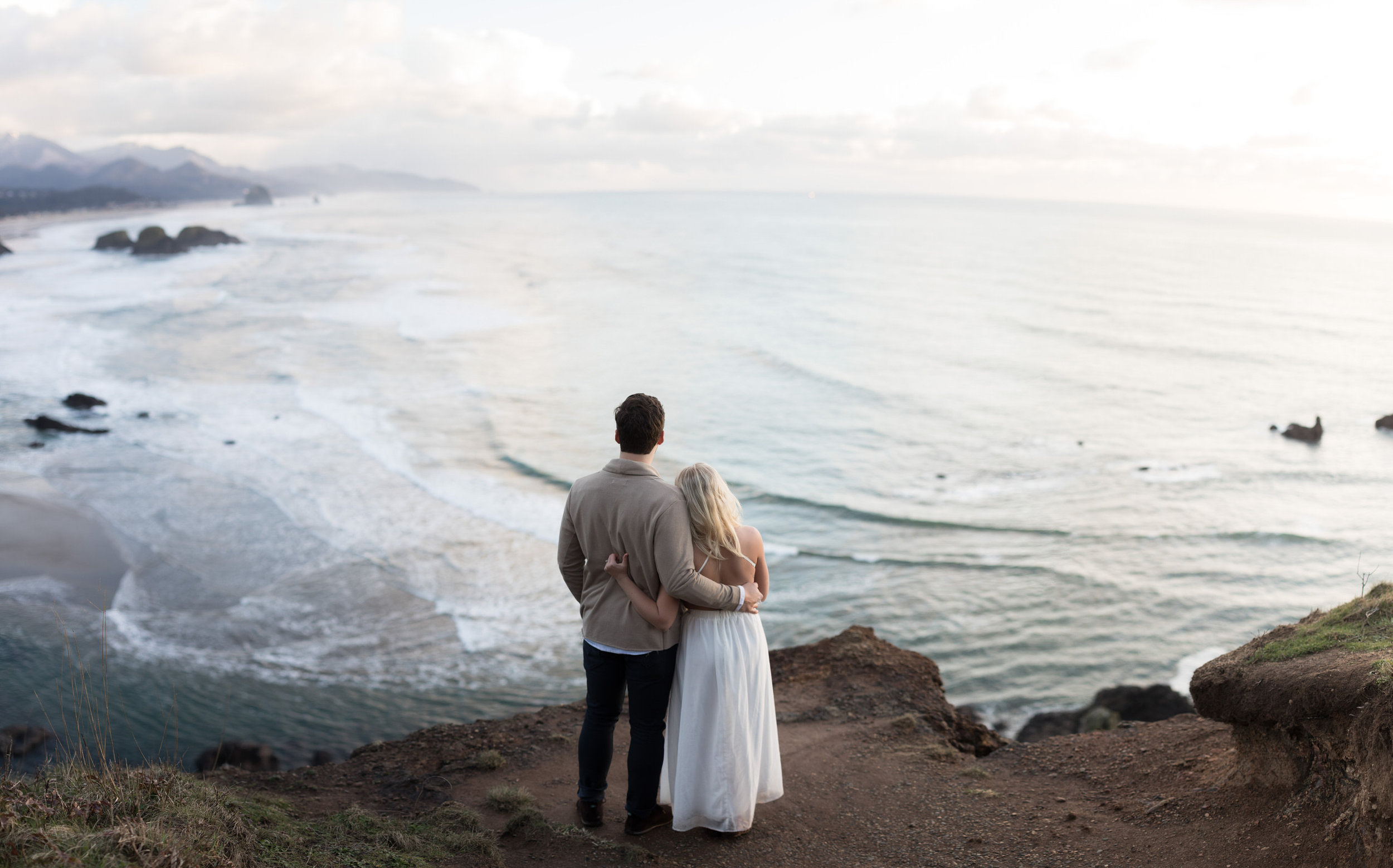 CANNONBEACHENGAGEMENTS (46 of 58).jpg