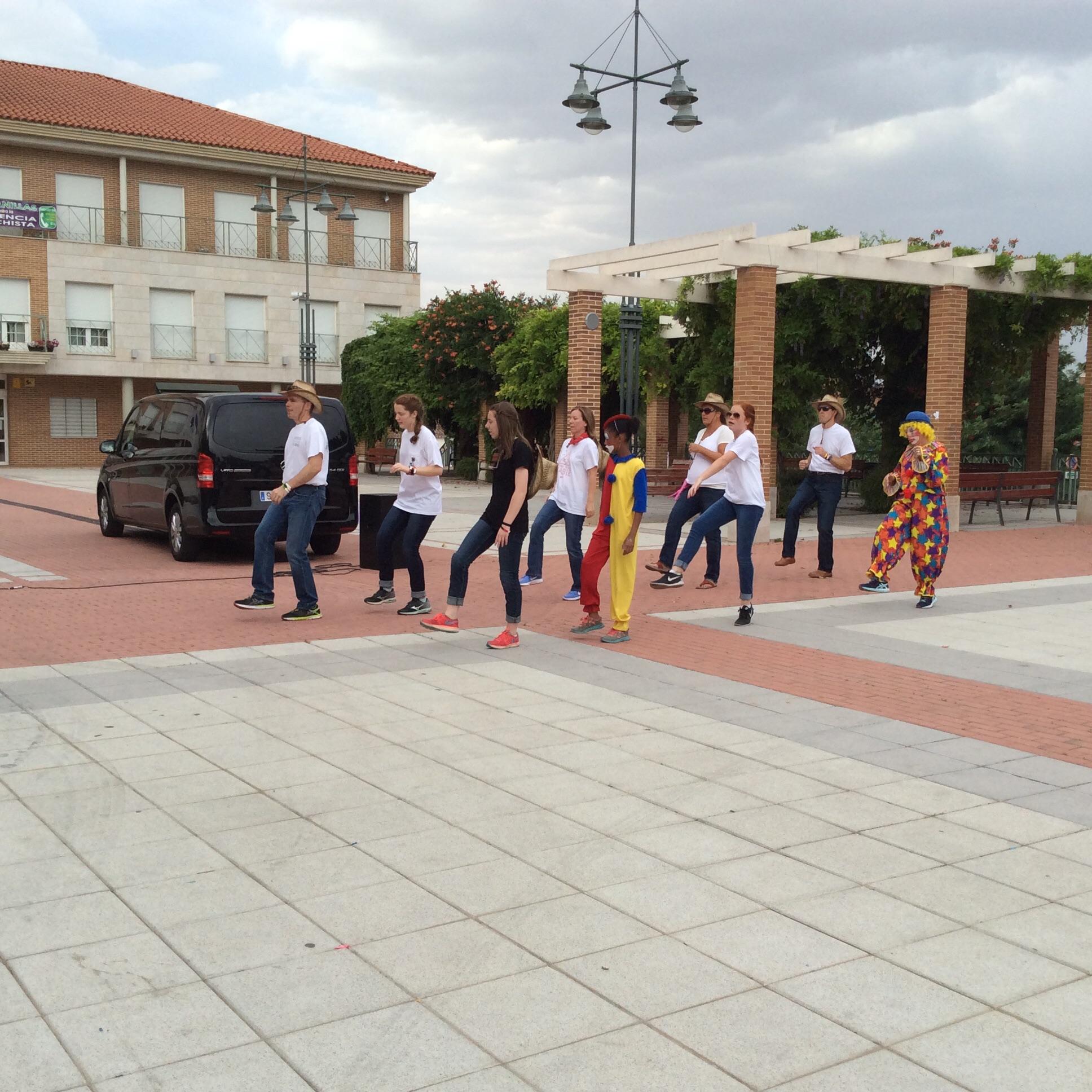 Line dancing extraordinaires.