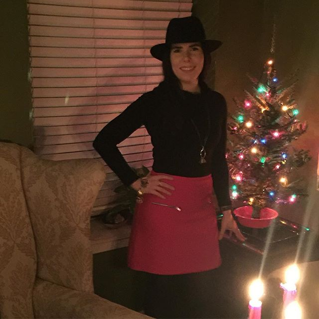 Came home after the Women In Music holiday party last night to my cute NYC sized Christmas tree. I love this baby tree! Also I successfully put together a 60's/Western look, which is my new official style. #wimholidayparty2016 #diva #NYC #singer #singersongwriter #christmastree