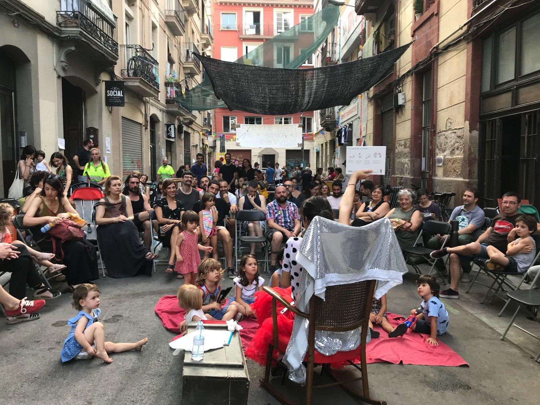 Drags i Reines / Contes amb la Canalla (Drag Queen Story Hour)  with Mowgli SeVoguing, produced in collaboration with Bar Rufián + La Social: Galeria Lllibres + La Base, Poble Sec, Barcelona.