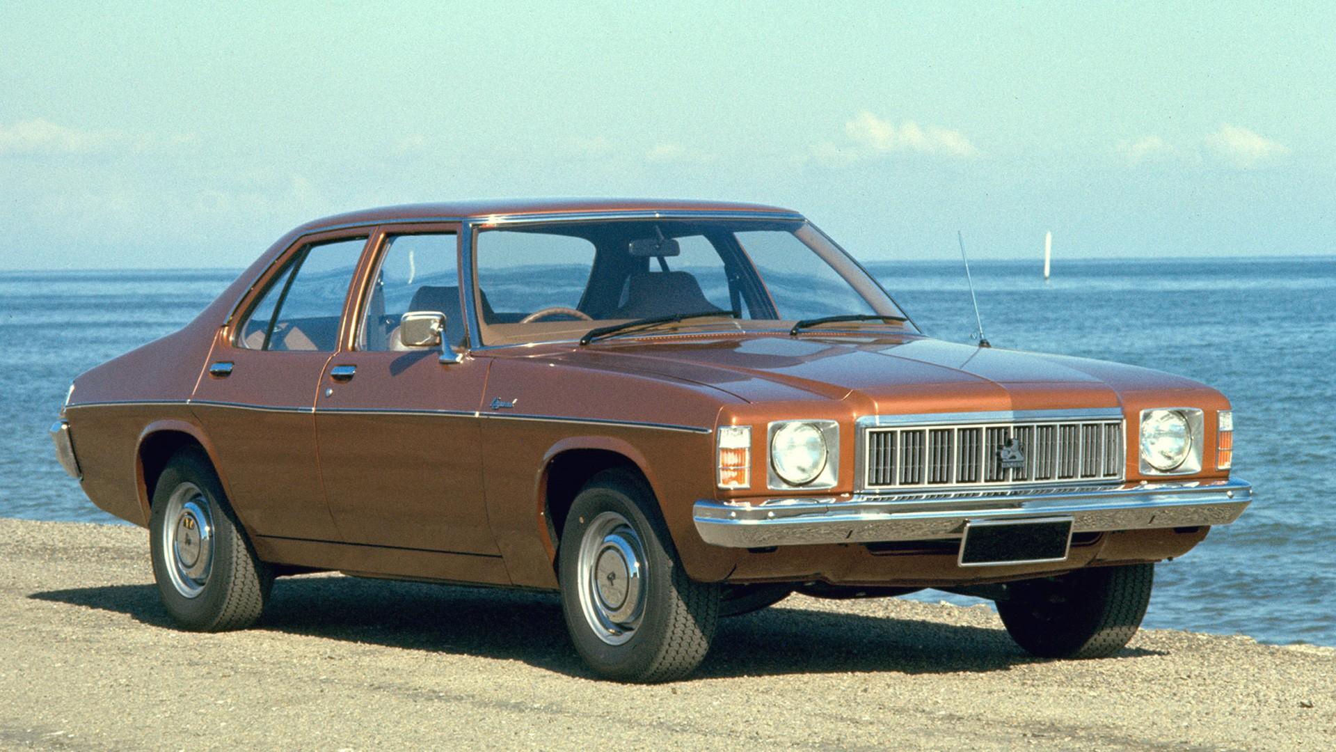 HX Holden (1976-1977)