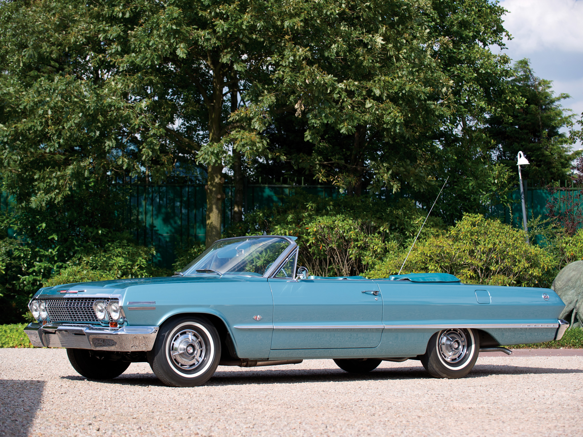 1963-chevrolet_impala_convertible-03.jpeg