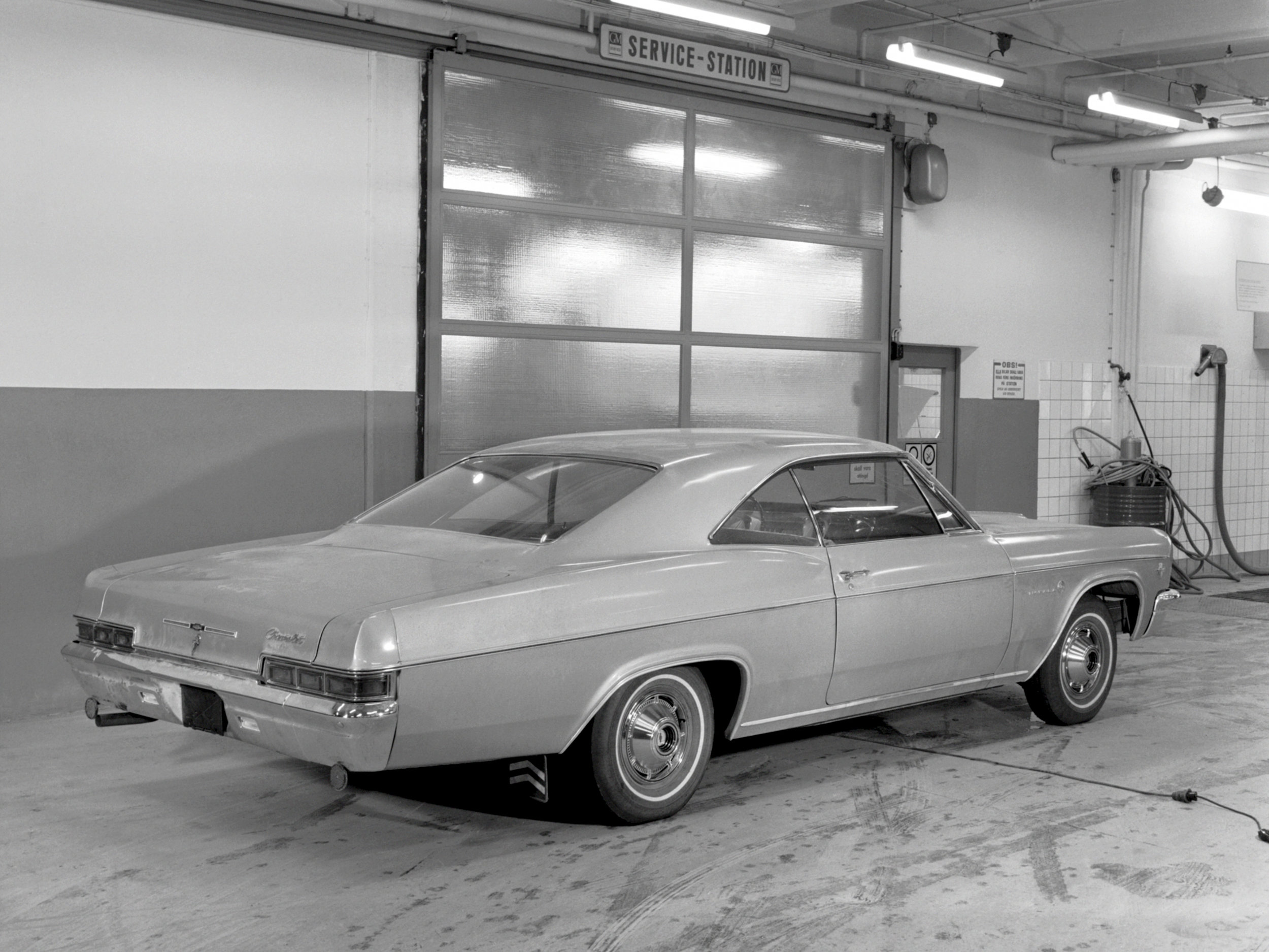 1966-chevrolet_impala-03.jpeg