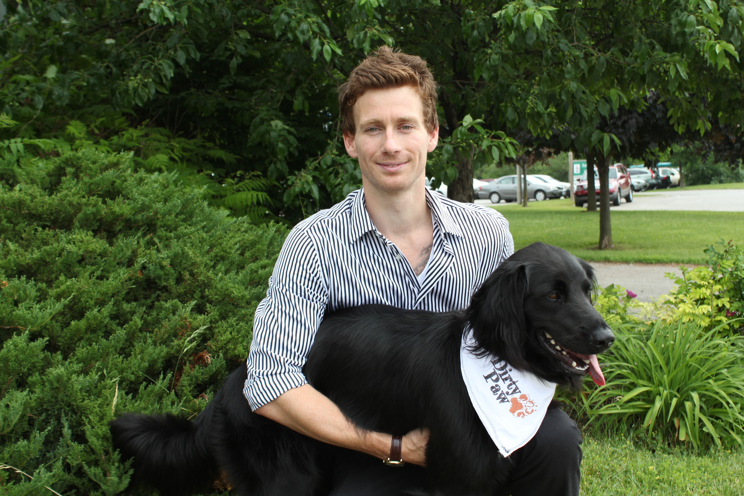 Aran Hinton with his beloved 3-legged mascot, Scout