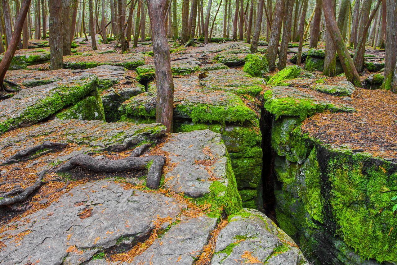 Warsaw Caves cracks, by Zach Baranowski