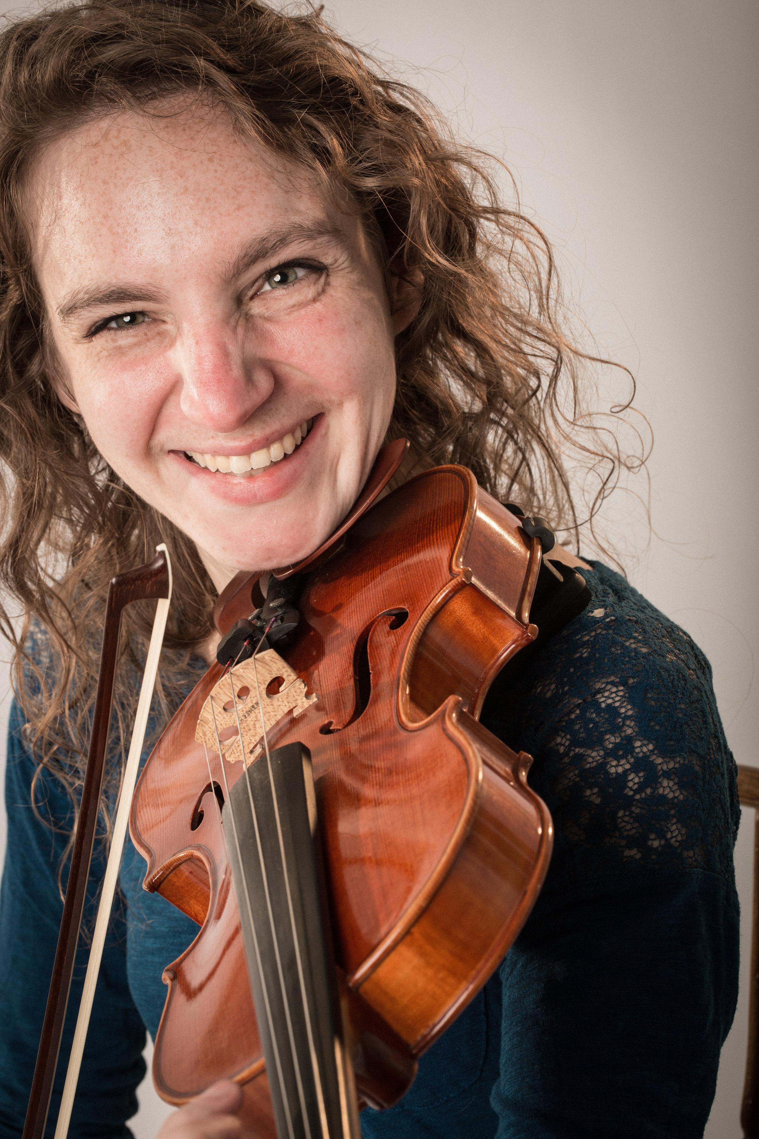 PSO violinist Jana Farell (photo by Wayne Eardley)