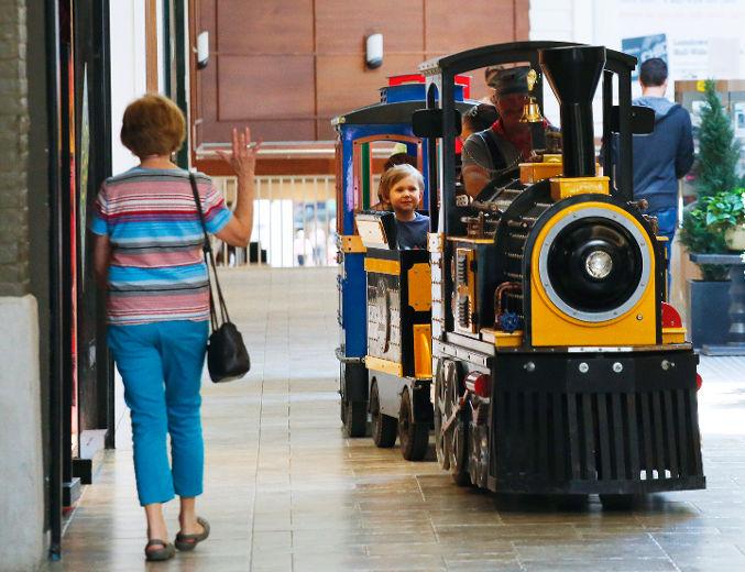 Lansdowne_Place_Station_(002).jpg
