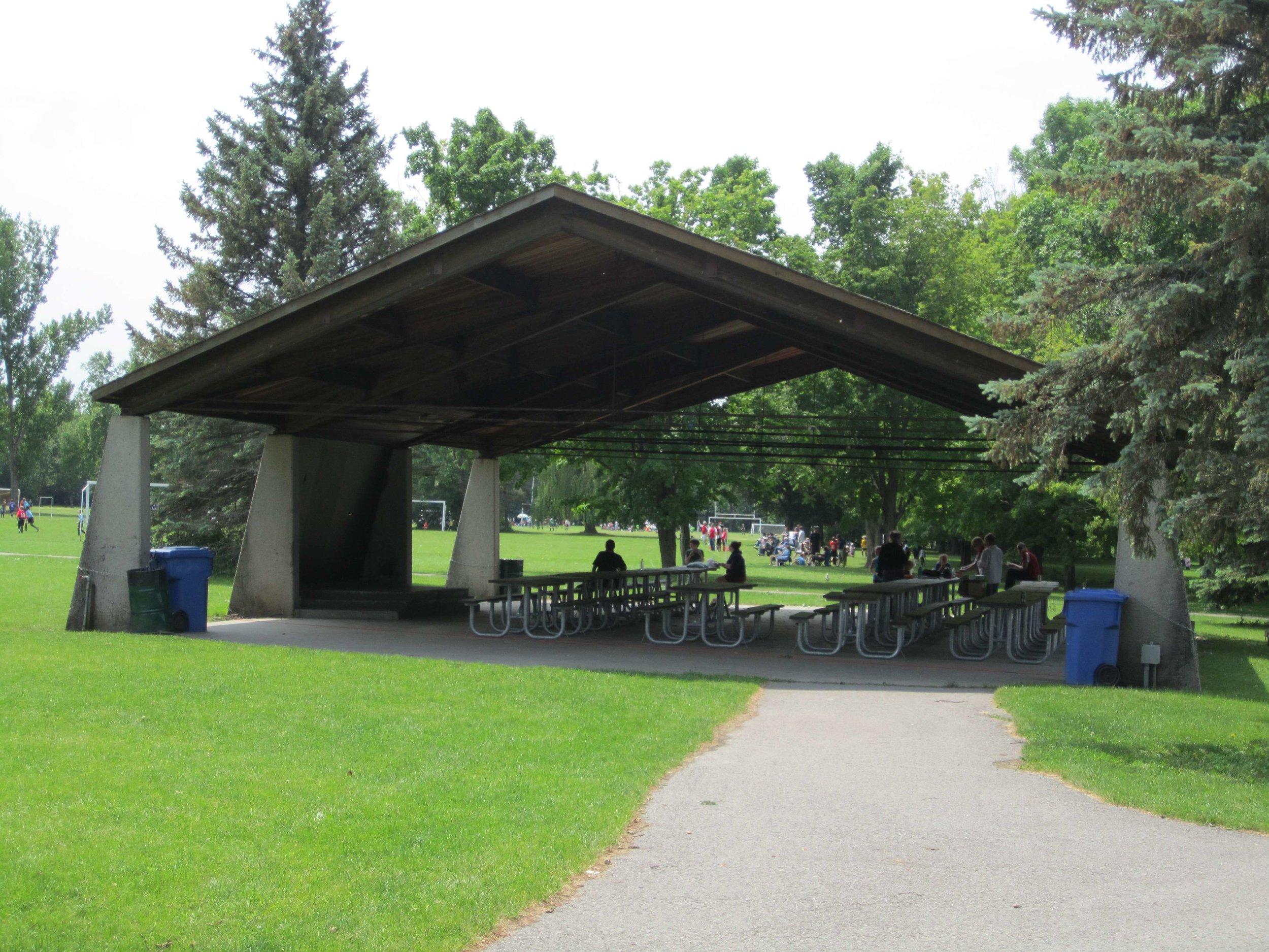 Beavermead+Pavilion.jpg