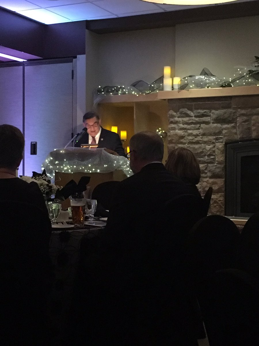 Founding Board Chair Bill Lockington speaking at Giving Gala (photo courtesy Community Foundation)