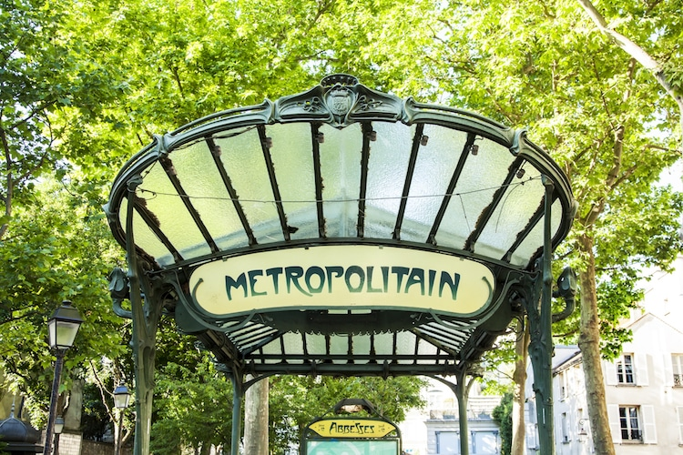 paris-metro-entrances-2.jpg