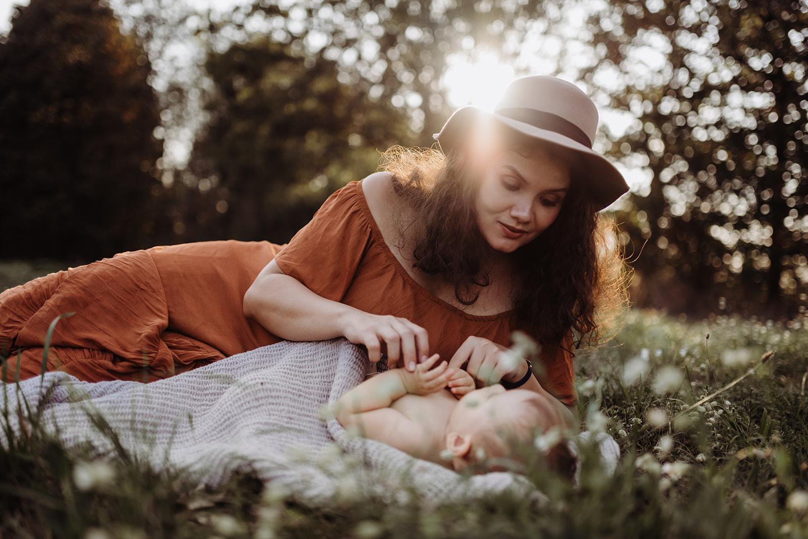 Motherhood-Dee-Nara-27.jpg