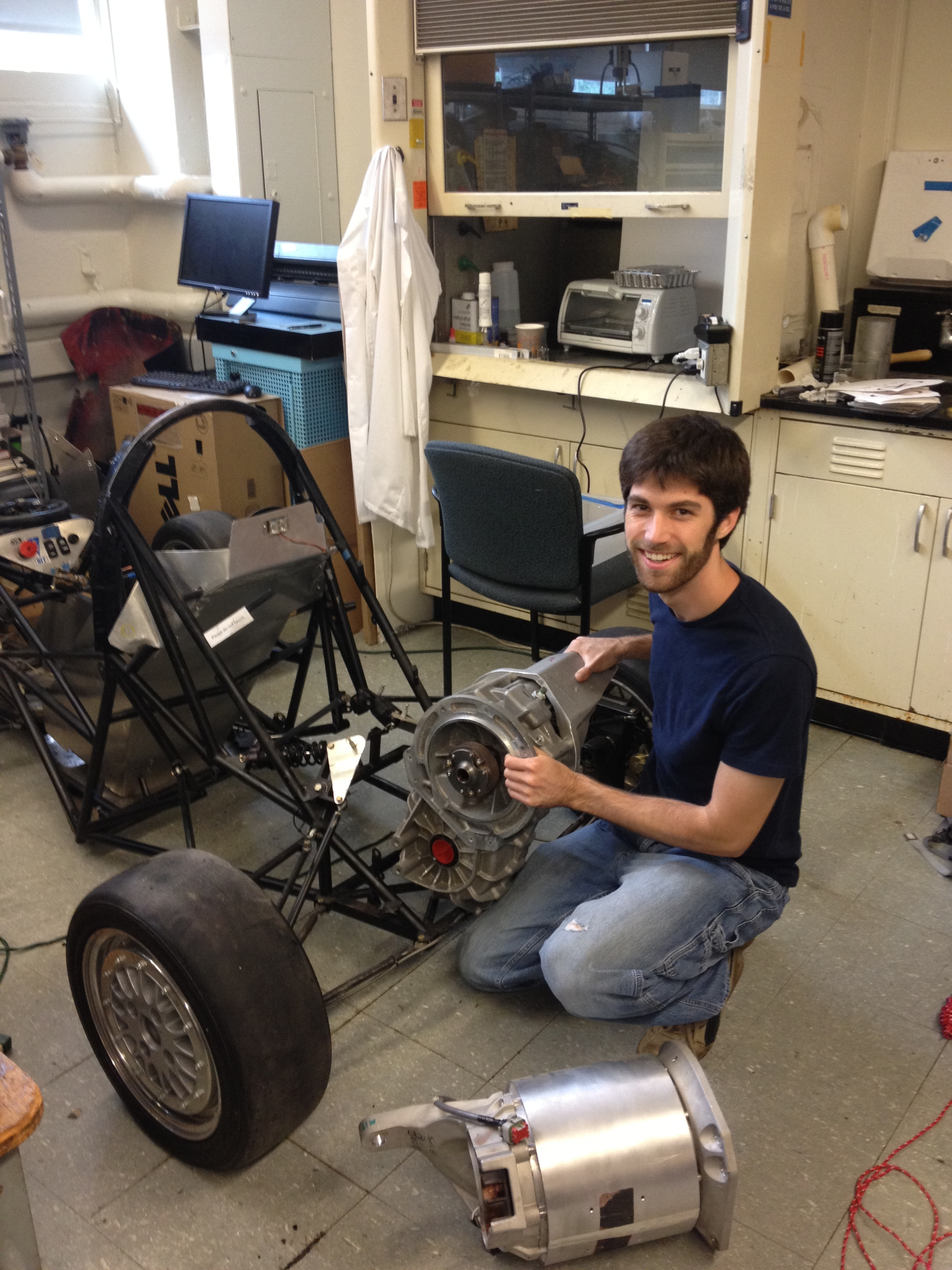 A project that is still being defined... The main idea is to put a really big motor in a small car.