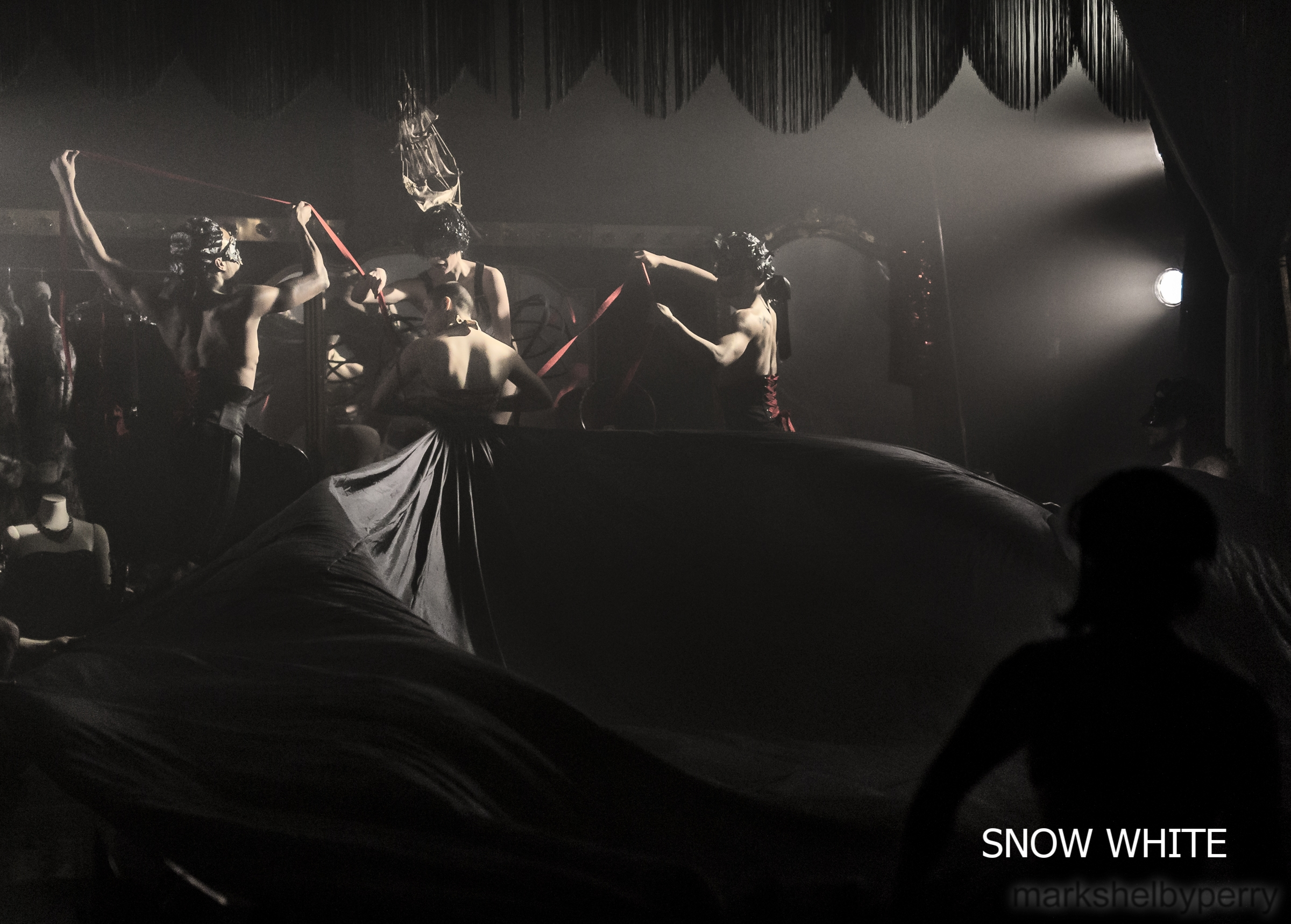 Snow White-6884 - Copy.jpg