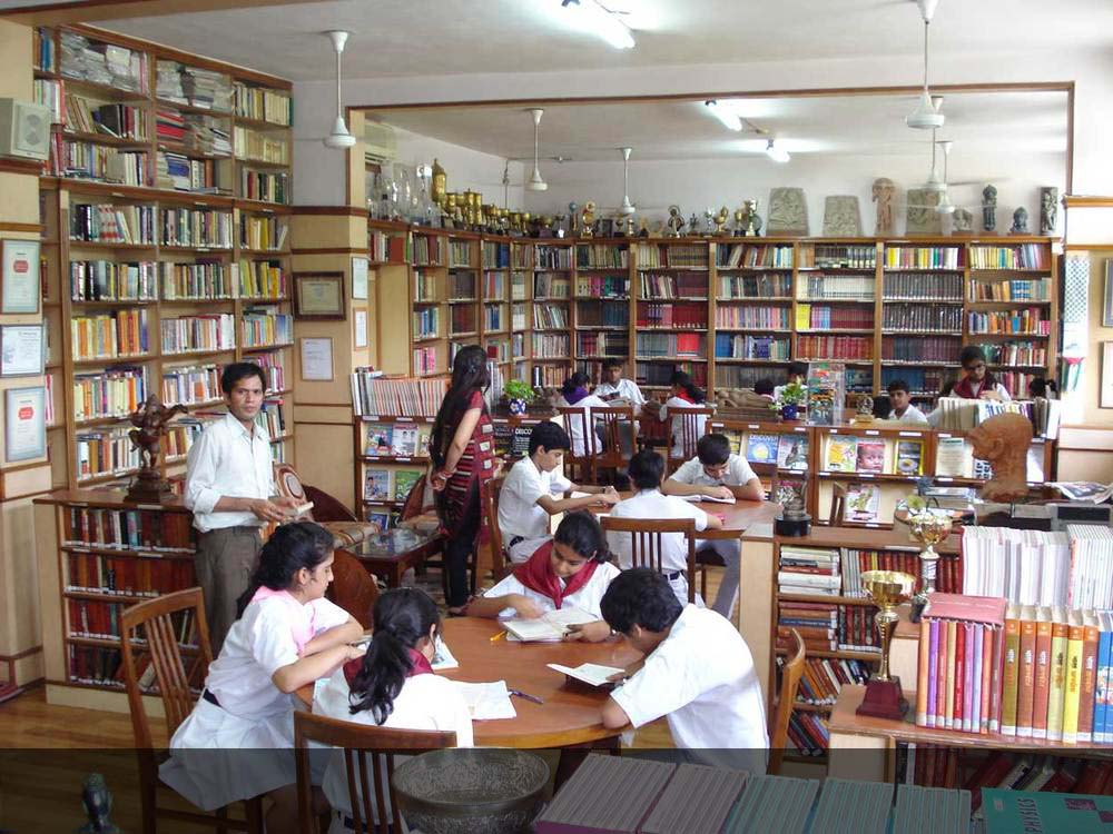 Senior School Reference Library