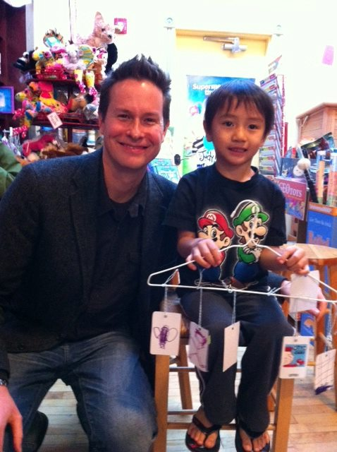 Here I am at the Blue Bunny Bookstore with a fan. Thanks to Margie Leonard for this pic.