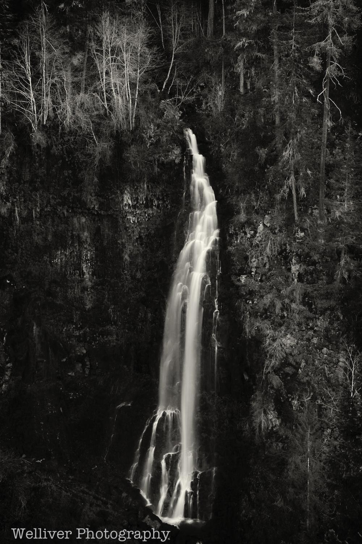 Barr Creek Falls near Prospect, Oregon.