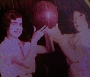 1927 Southwest Bell Basketball Anadarko, OK My grandmother, Clara Shaw on left