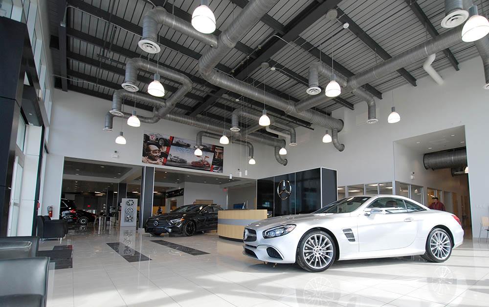 Mercedes-Benz San Antonio 20.jpg