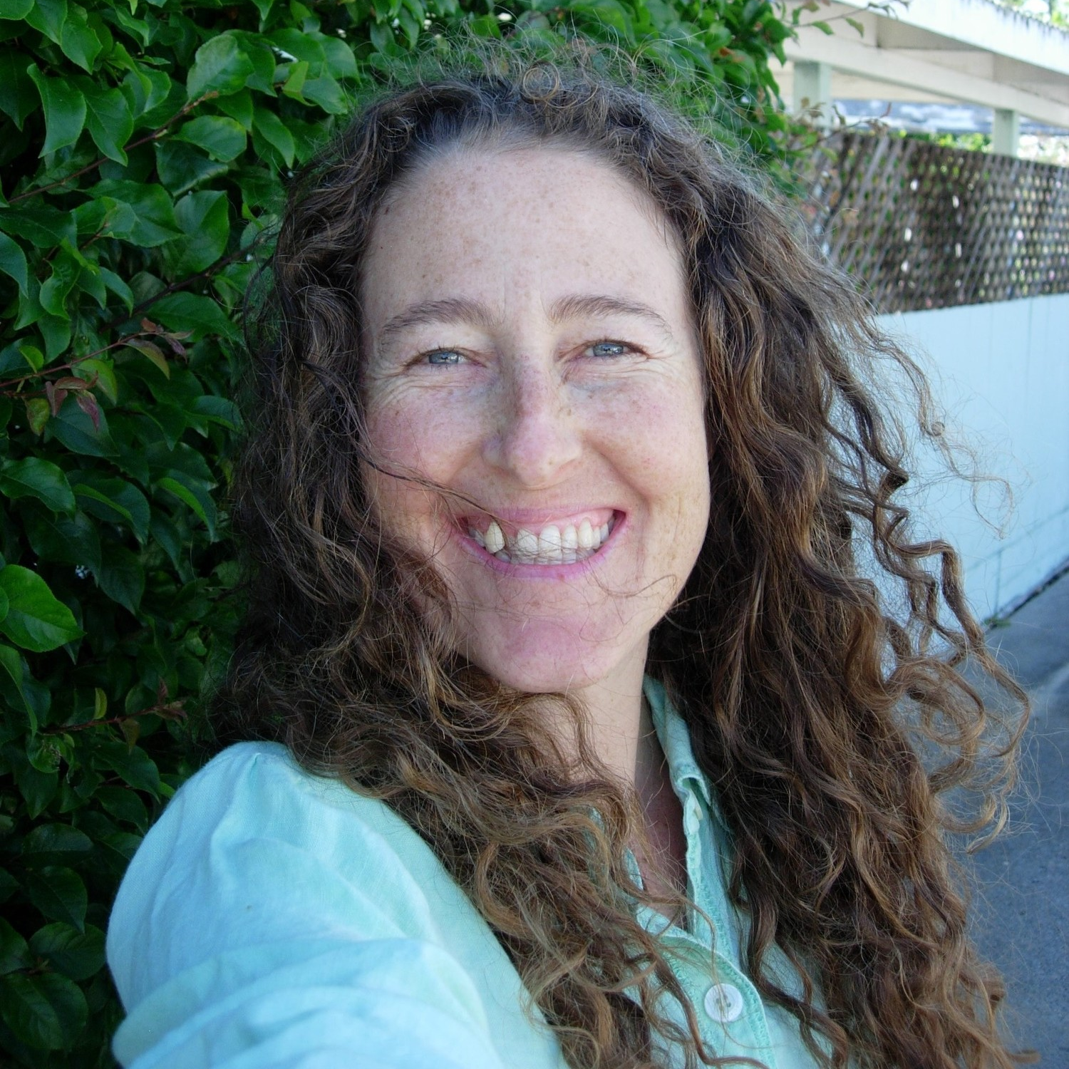 Beth Freewomon   I enthusiastically embracing my recent achievement of reaching my business goals for my healthy meal preparation service, The Open Hearth. Now I am excited to maintain this success by refining the back end of my business which will include the refinement of sacred commerce aspects of the company and our human resources.   http://iamtheopenhearth.com