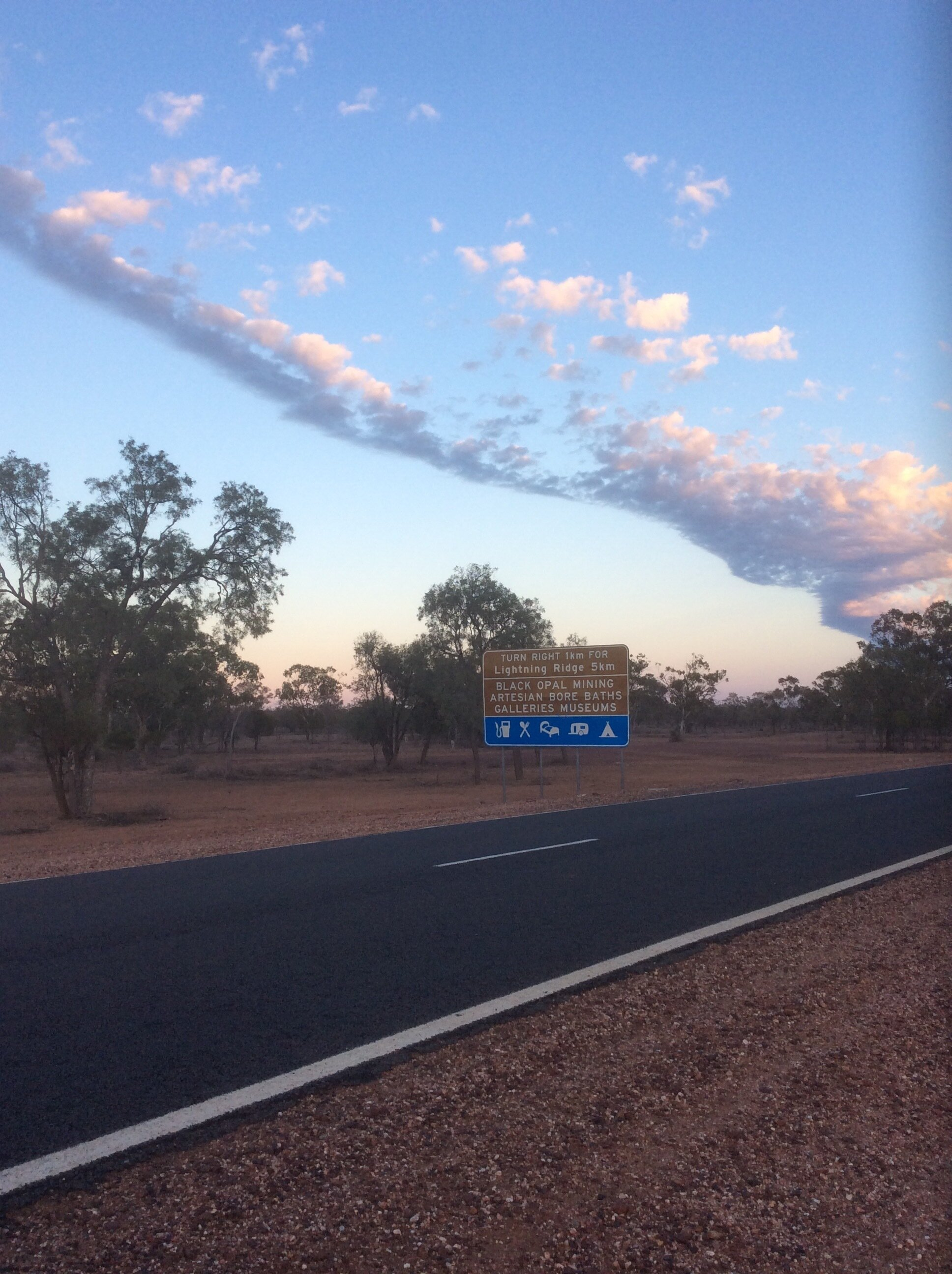On the road to Lightning Ridge. Yes, this is on the edges of the red centre of Australia, aka the Outback.
