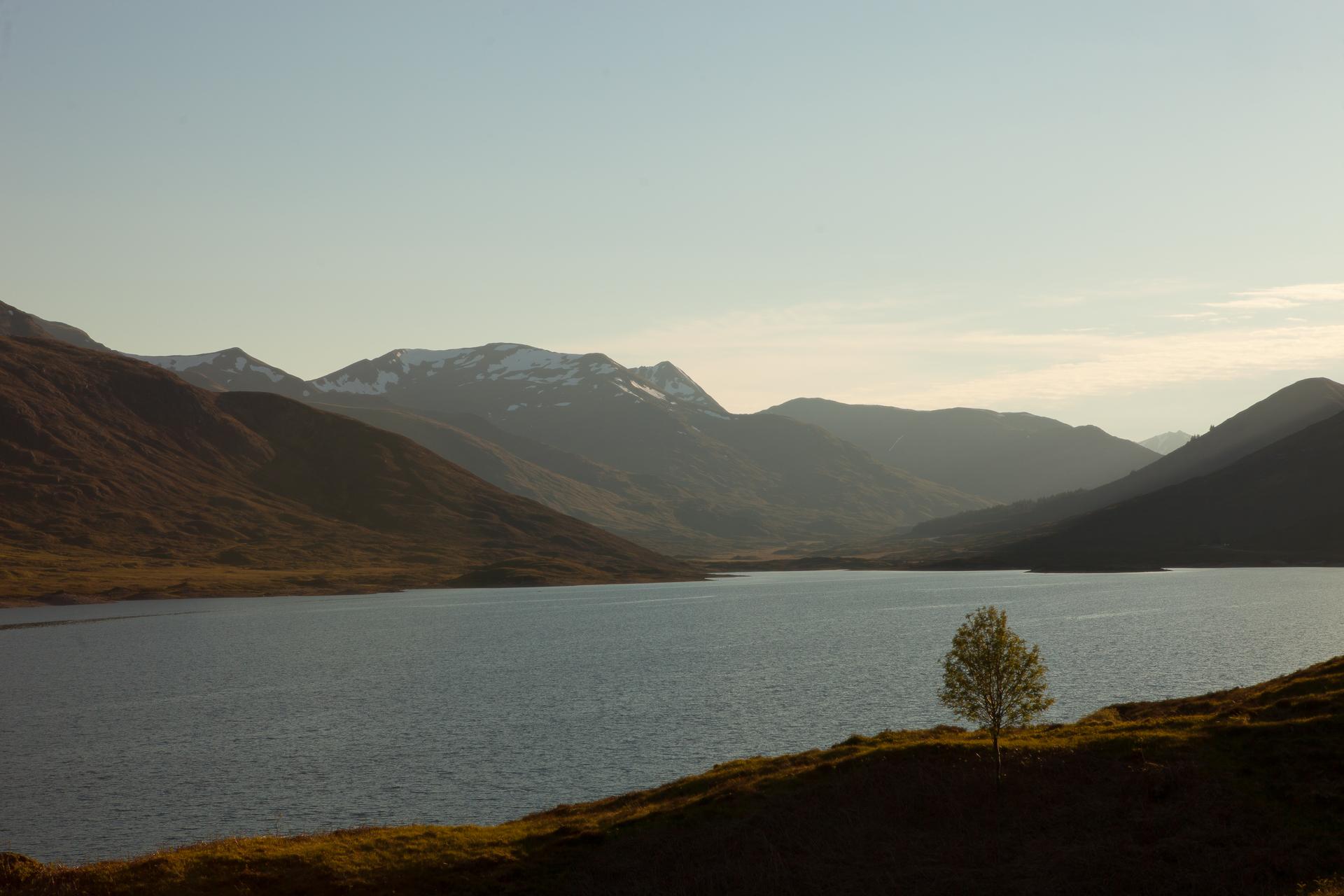 The south bounding ridge of Glen Shiel, across Loch Cluanie