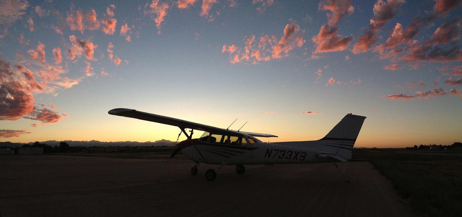 N733XB-sunset.jpg