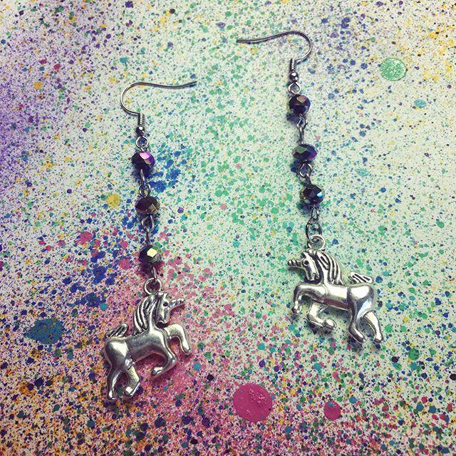 🍀🦄🥂#JackedFashion #JForFun #Unicorns #Jewelry #Charms