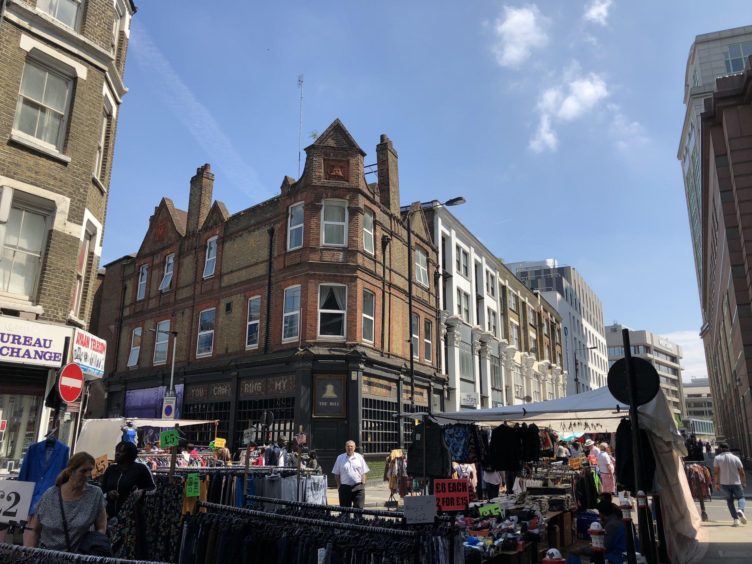 London Street Shopping