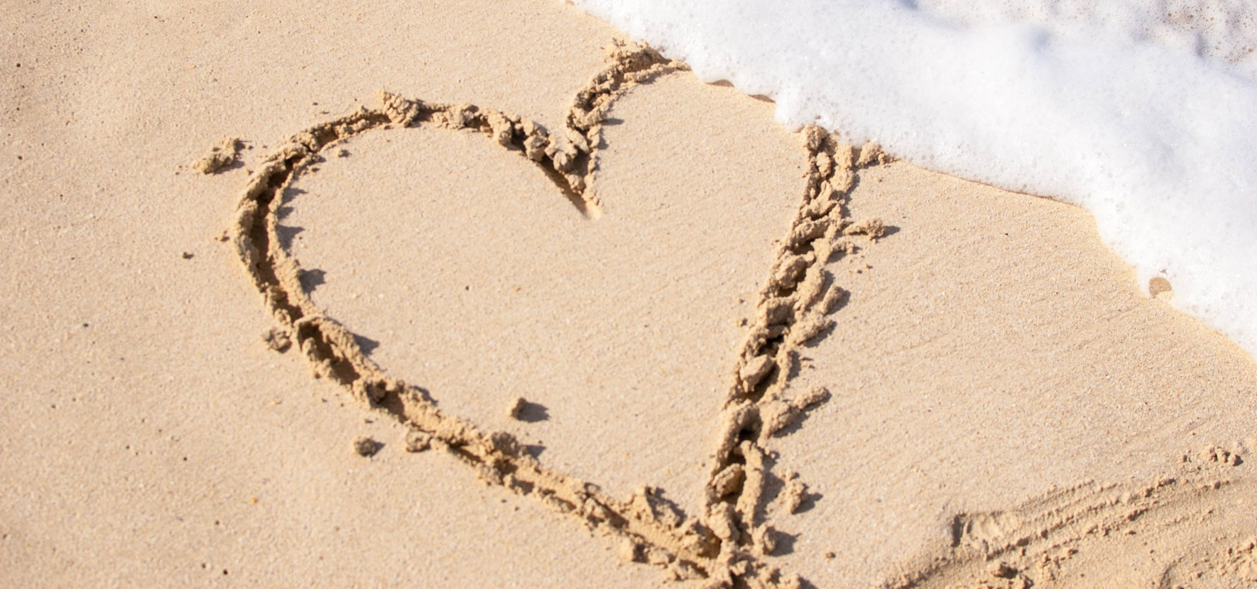 beach-drawing-foam-697740.jpg
