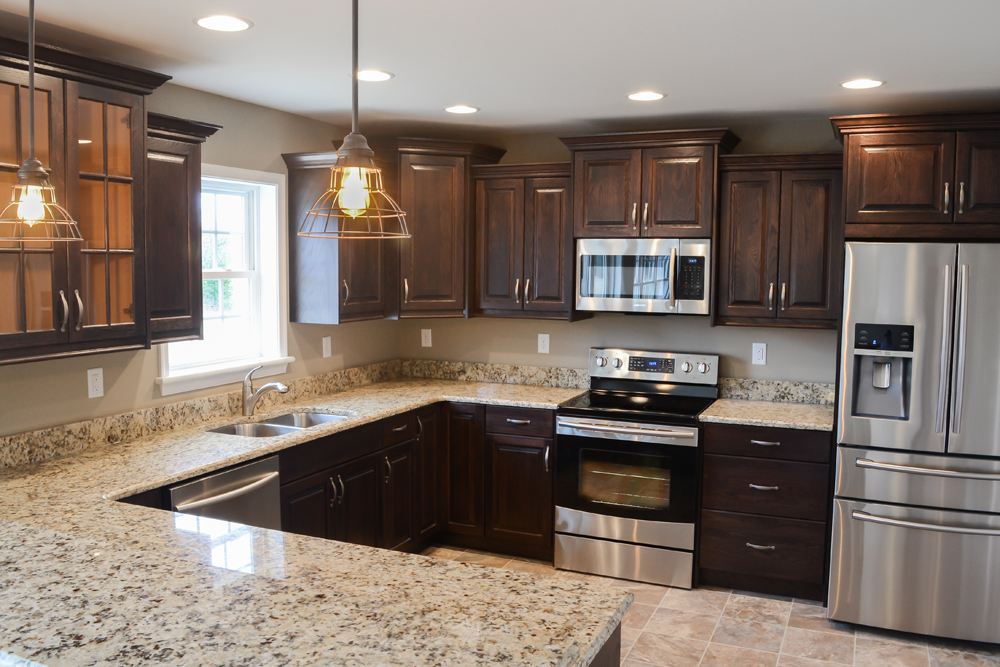 Deputy Son Red Oak With Espresso Stained Kitchen Sylvester Cabinetry