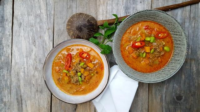 Karrysuppe med Soy4you og grøntsager