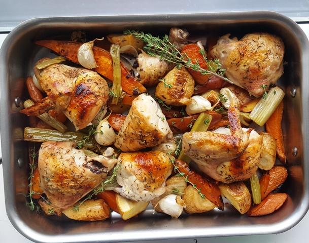 Kylling og rodfrugter i ovn