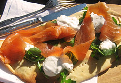 Smoked Salmon Pizza Photo : Jackie Cameron