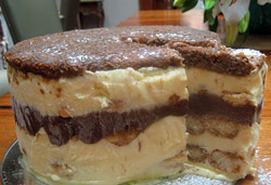 Tiramisu Cake Photo : Jackie Cameron