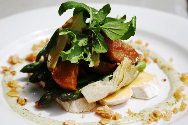 Asparagus, Camembert, Artichoke, Pear Salad  Photo : Jackie Cameron