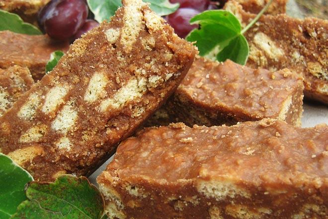 Chocolate Fridge Tart Photo : Jackie Cameron