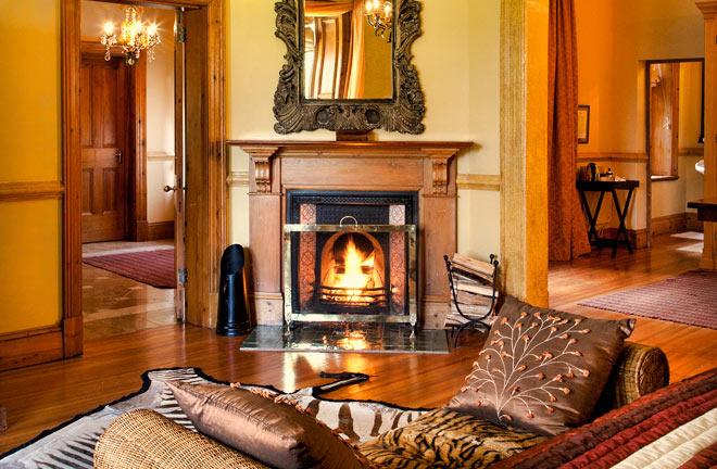 moor-suite-hartford-house-2.jpg