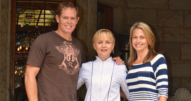 Shaun and Trish Pollock with champion chef Jackie Cameron /Leigh Willson (p)