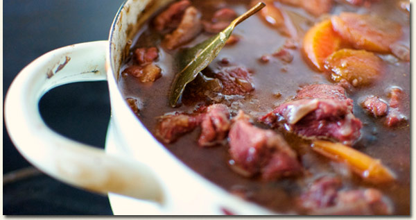 Steaming Stews and Hot Pots /Winter Indulgence (p)