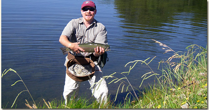 Duncan Hay with his 3.0kg Rainbow Trout